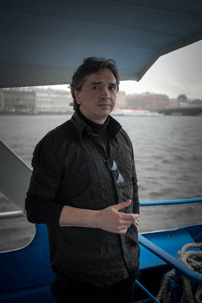Дмитрий Артис